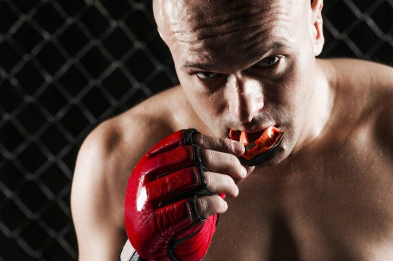 Mouthguards and dental accidents